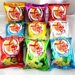子弟土豆片18克/袋 云南特产膨化薯片休闲零食品 膨化 批发 代发